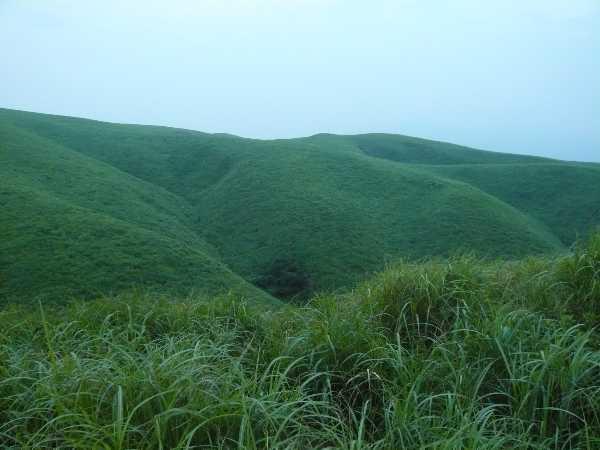 外輪山稜線.JPG